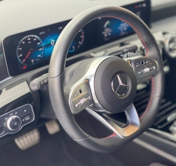 Mercedes A180 AMG Line 136cv